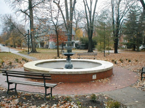 Audubon Circle is a social center and source of pride for the neighborhood