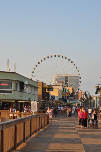 Myrtle Beach Boardwalk Gathering Spot (image credit: Curt Ailes)