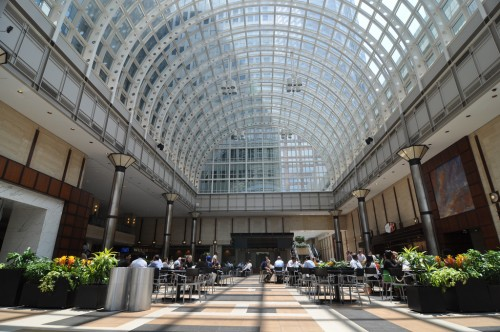 Charlotte Wells Fargo Food Court (image credit: Curt Ailes)