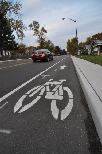 Bike Lane Striping on 46th Street (image credit: Curt Ailes)
