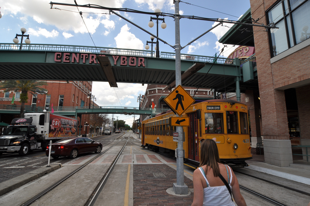 a ride on tampa s teco streetcar urban indy. Black Bedroom Furniture Sets. Home Design Ideas
