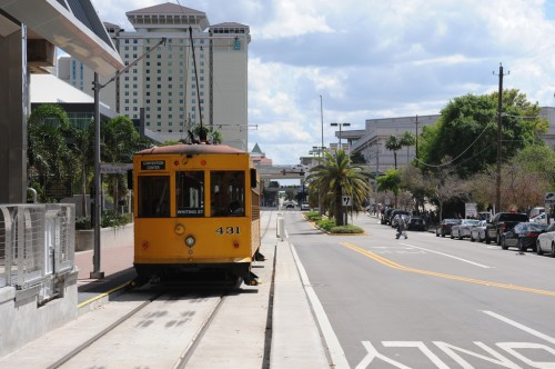 The streetcar tucks neatly into Downtown Tampa (image credit: Curt Ailes)