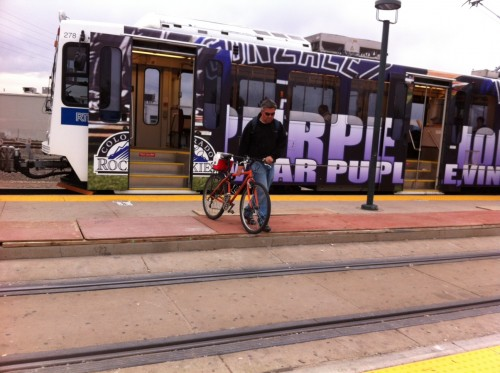 Denver Lightrail Train (image credit: Kris Davidson)