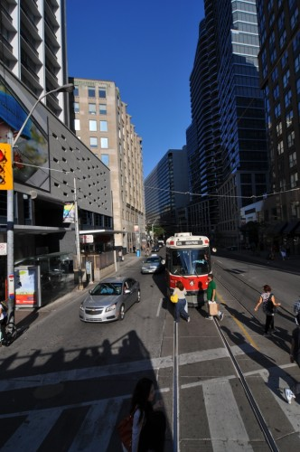 Toronto Streetcar in the downtown Business District (image credit: Curt Ailes)