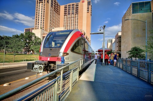 Metrorail - Austin, TX (image credit: Flickr user: atmtx_